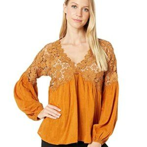 Free People Lina Lace Crochet Top SZ Med New
